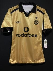 2001-02シーズンのマンチェスター・ユナイテッド3rdユニフォーム
