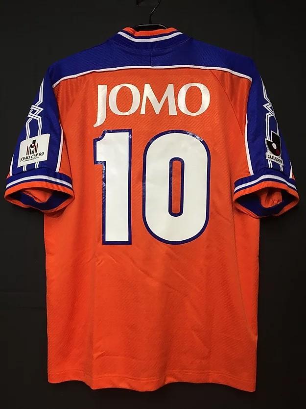 1999年JOMOカップのロベルト・バッジョのユニフォーム背面