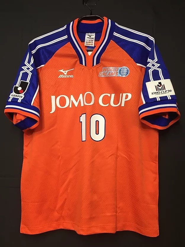 1999年JOMOカップのロベルト・バッジョのユニフォーム前面
