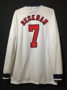 ベッカムの1998年イングランド代表ユニフォーム背面