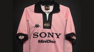 1997-98ユベントス100周年記念ユニフォーム