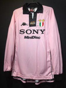 1997-98ユベントス100周年記念ユニフォーム復刻版