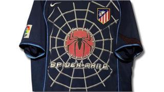 2004-05アトレティコ・マドリードのスパイダーマン2ユニフォーム