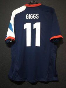 2012年ロンドンオリンピックのイギリス代表ユニフォームギグス背面