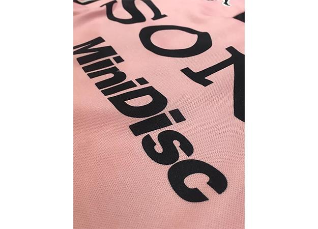 1997-98ユベントス100周年記念ユニフォーム胸スポンサーロゴ