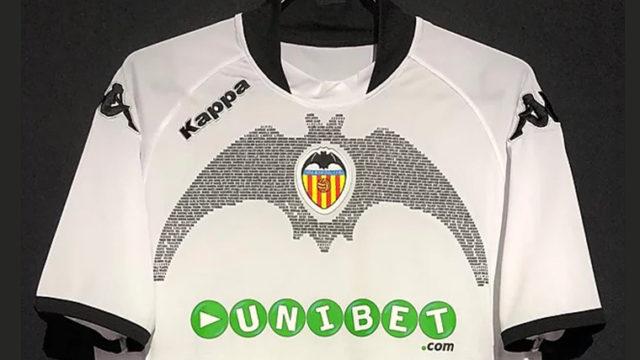 バレンシア90周年ユニフォーム