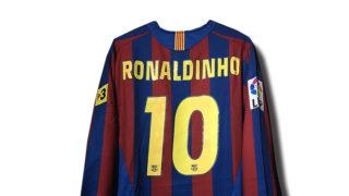 ロナウジーニョの2005/06バルセロナホームユニフォーム