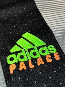 PALACE(パレス)とアディダスのロゴ