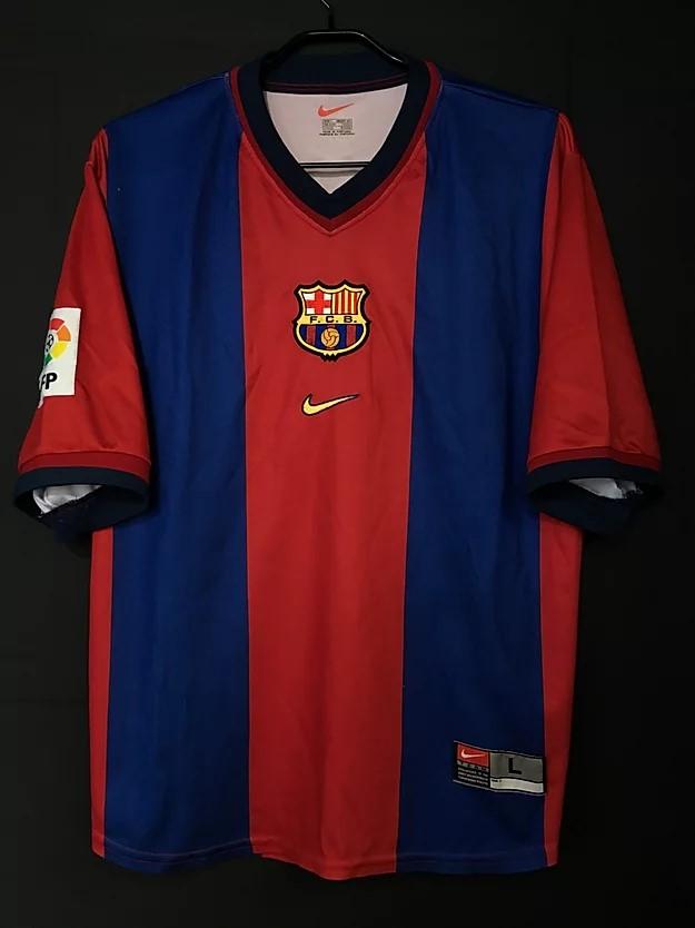 バルセロナのシャビの1998-99ホームユニフォーム