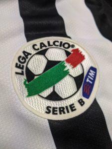 2006-07ユベントスのユニフォームのセリエBパッチ