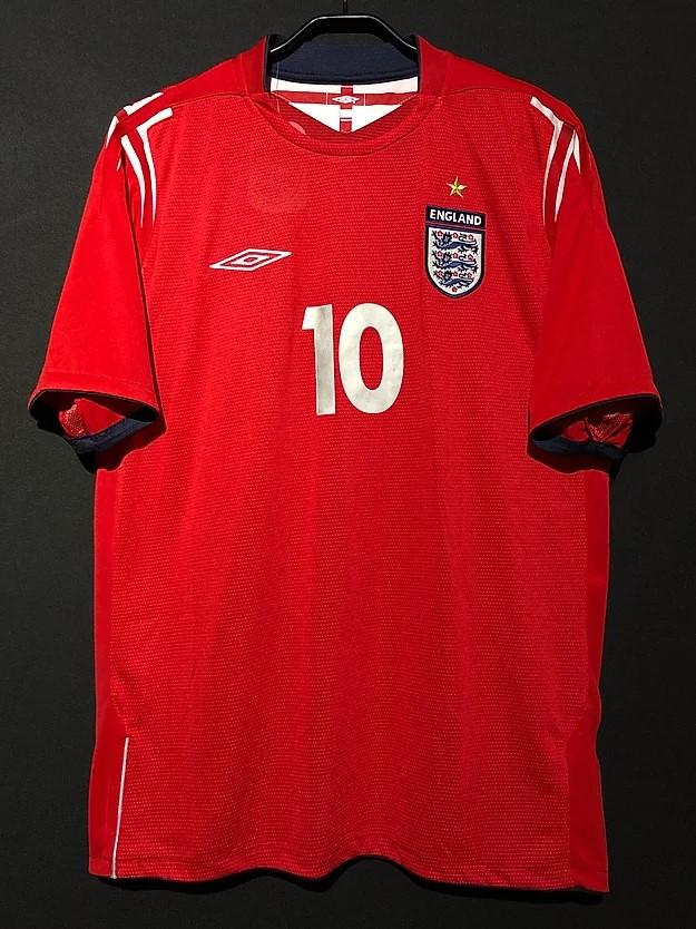 2004-2006のイングランド代表アウェイユニフォーム