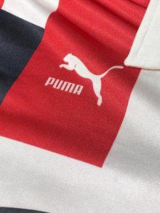 1992年浦和レッズユニフォームのプーマロゴ