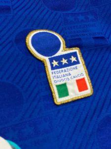 1994イタリア代表ホームユニフォームのイタリア協会ロゴ