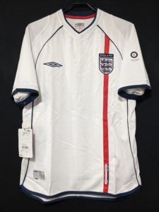 2002年イングランド代表のアンブロ&ポール・スミスのコラボユニフォーム