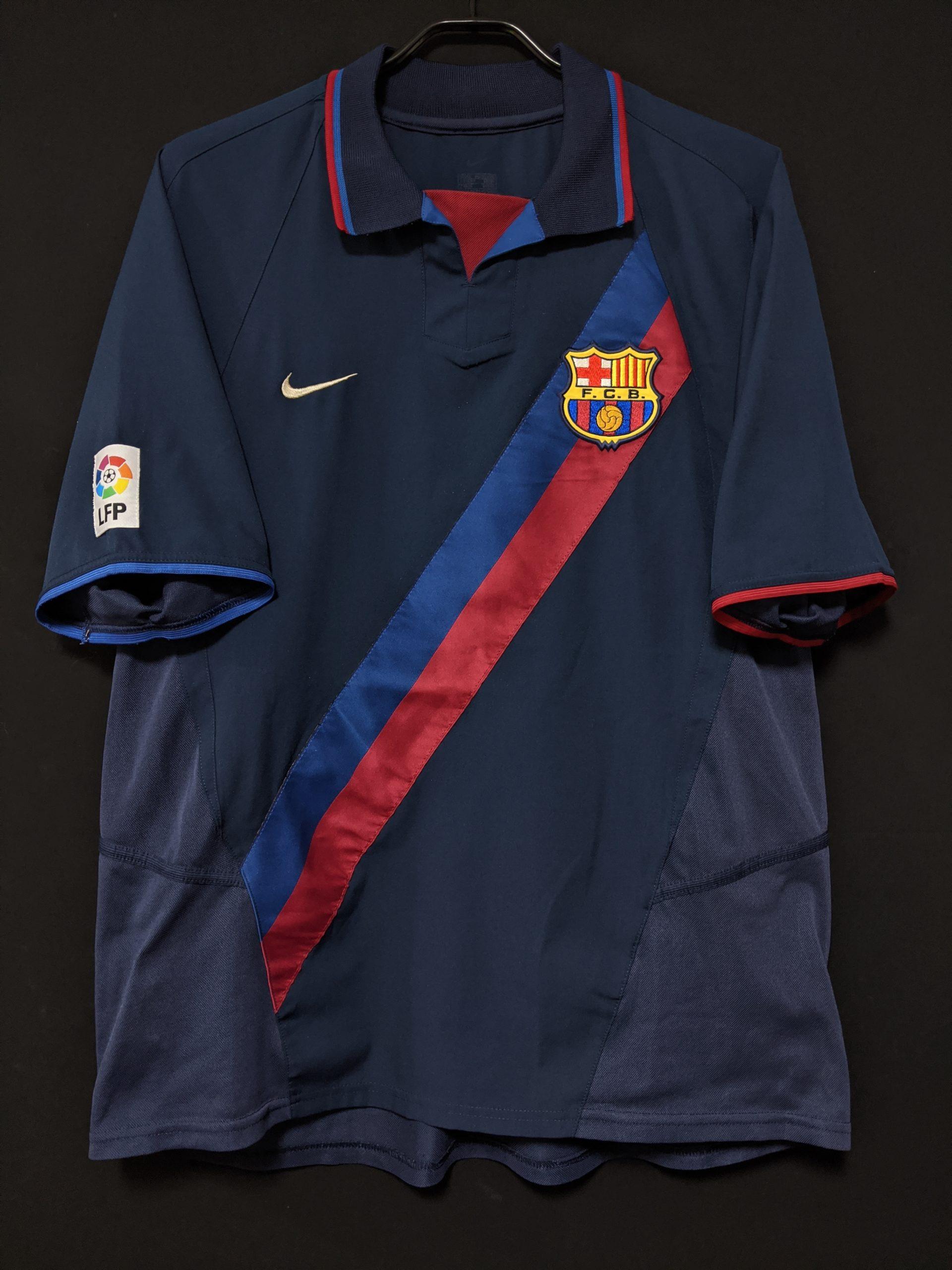 2002-03バルセロナのアウェイユニフォーム