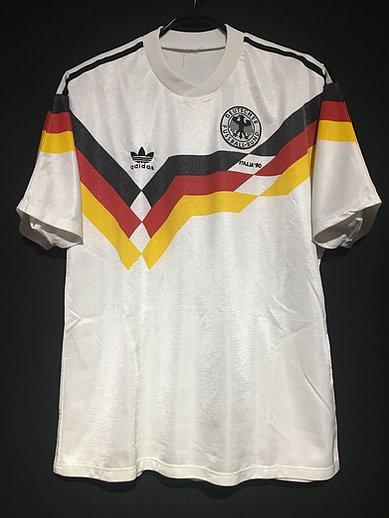 1990西ドイツ代表のユニフォーム