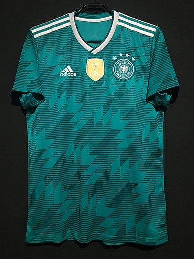 2018年ドイツ代表アウェイユニフォーム