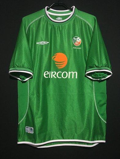 2001-03アイルランド代表のユニフォーム